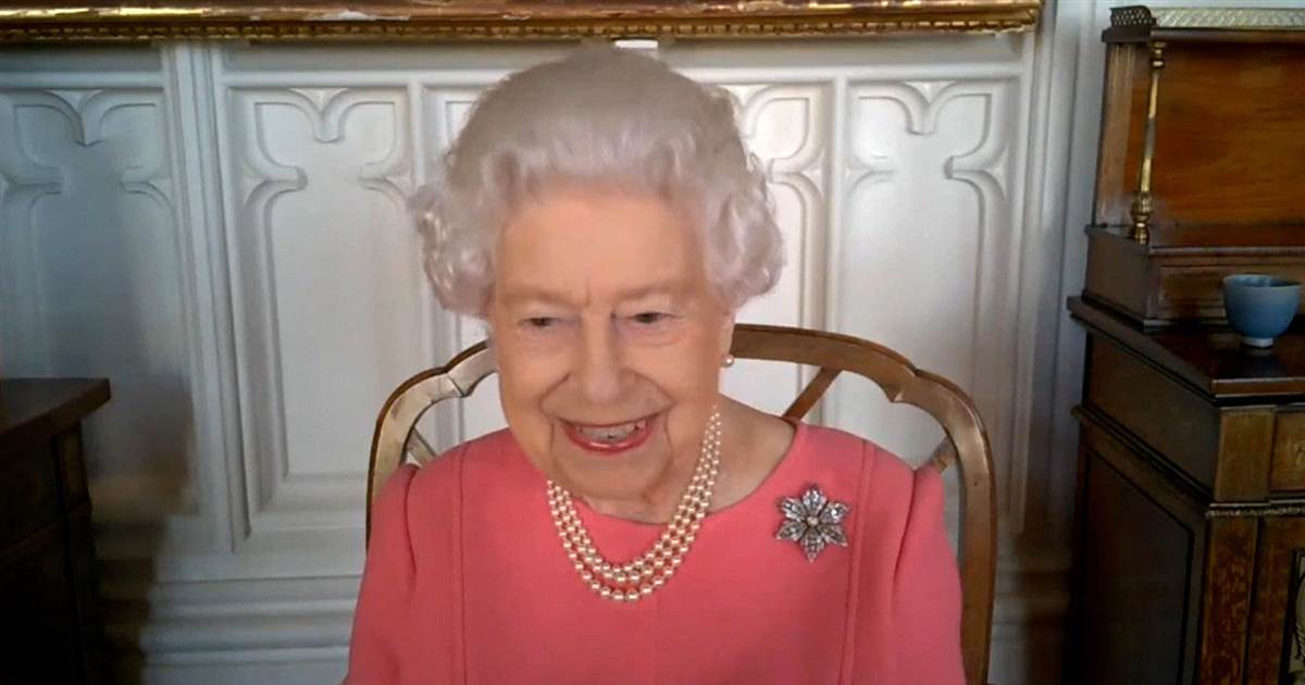 Queen urges people to think of others and get 'painless' vaccine