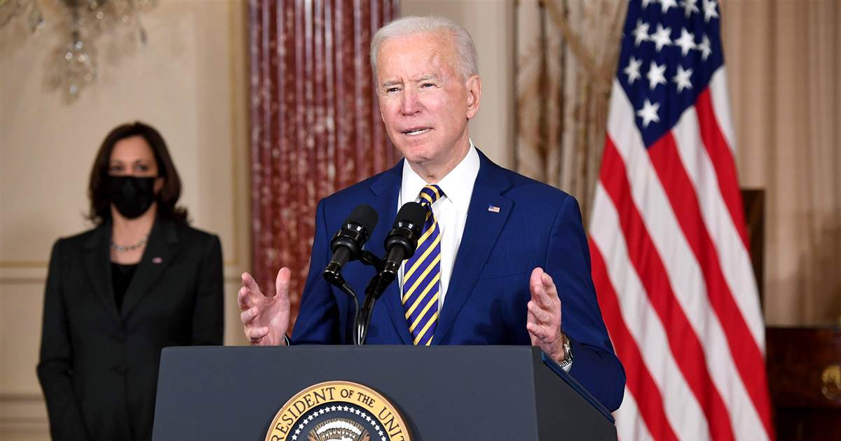 Reversing Trump foreign policy, Biden criticizes Russia in first State Department visit