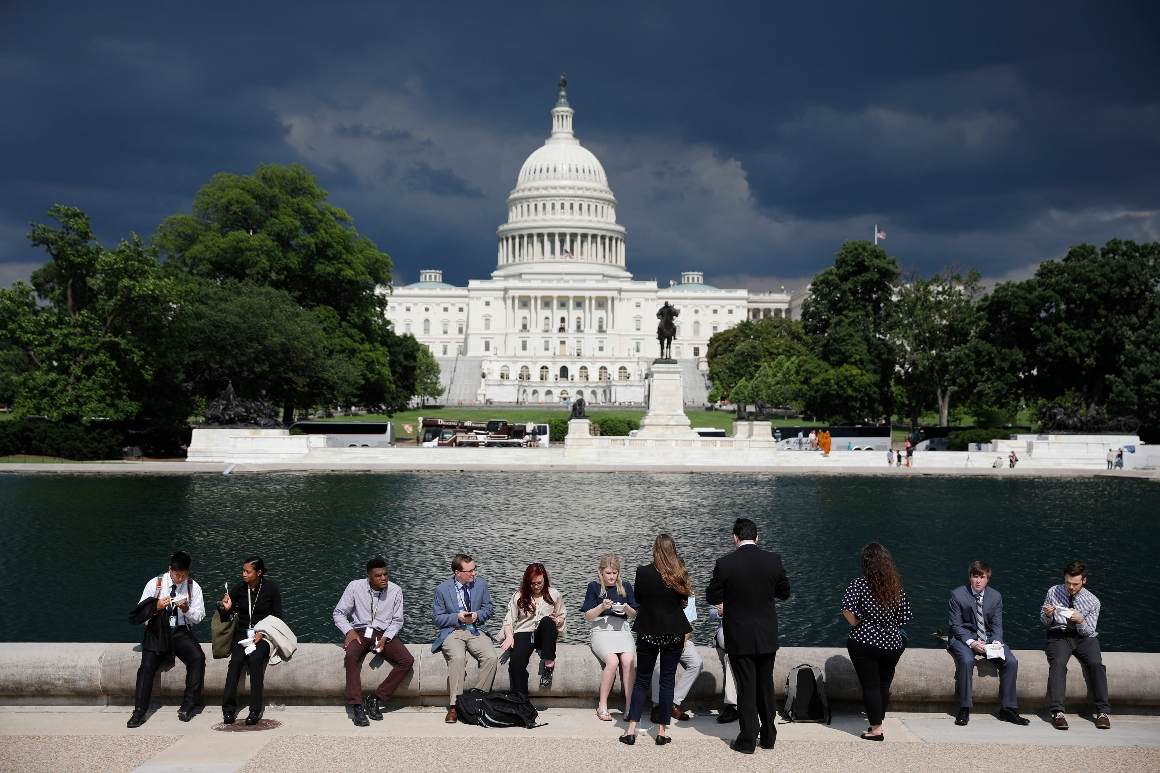 This Congress is the most diverse ever. But Hill staffers remain overwhelmingly white.