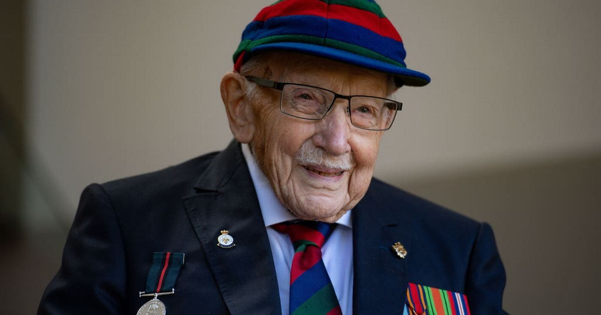 Tributes flood in for Captain Sir Tom Moore after death