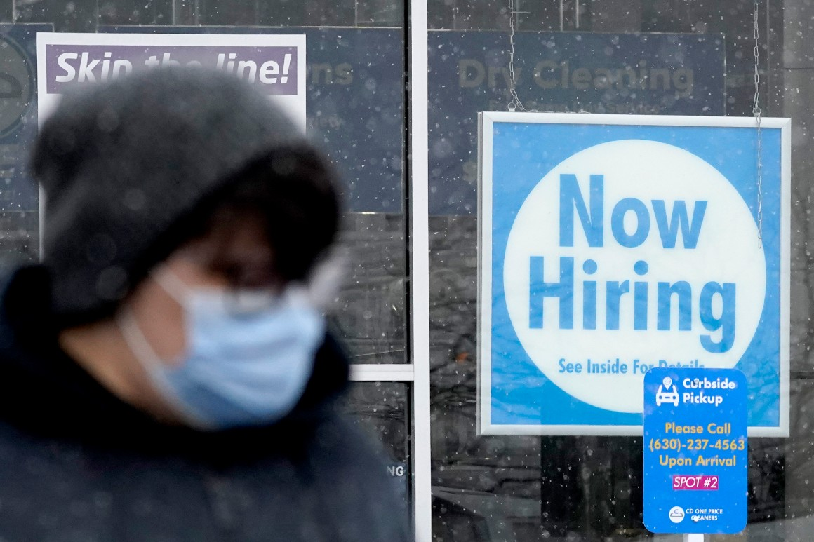 U.S. jobless claims jump to 861,000 as layoffs stay high