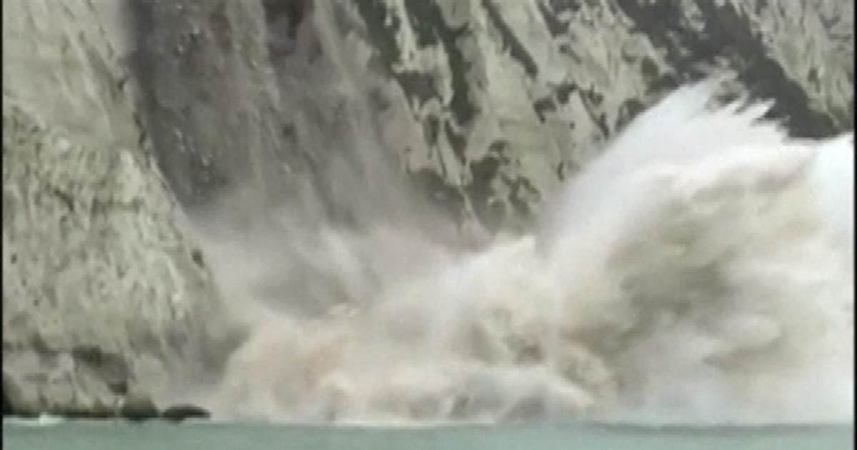 Watch: Large chunks of the White Cliffs of Dover collapse into the sea