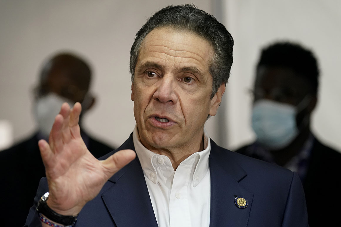 'Go to your friends': Black leaders rally around Cuomo