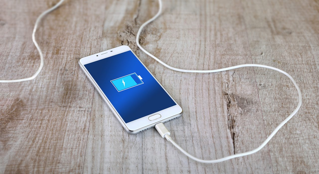 4 simple solutions for a slow charging phone