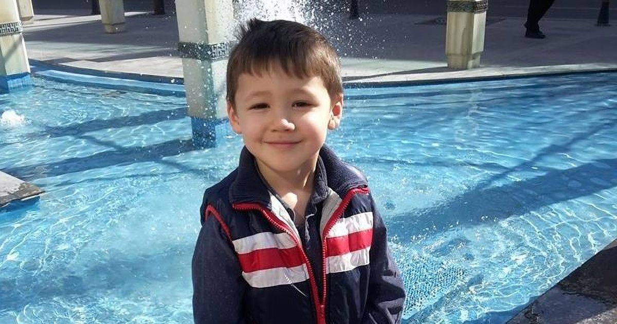 "Boy 'said ""Daddy I'm sorry"" as father strangled him to death while mum was out'"