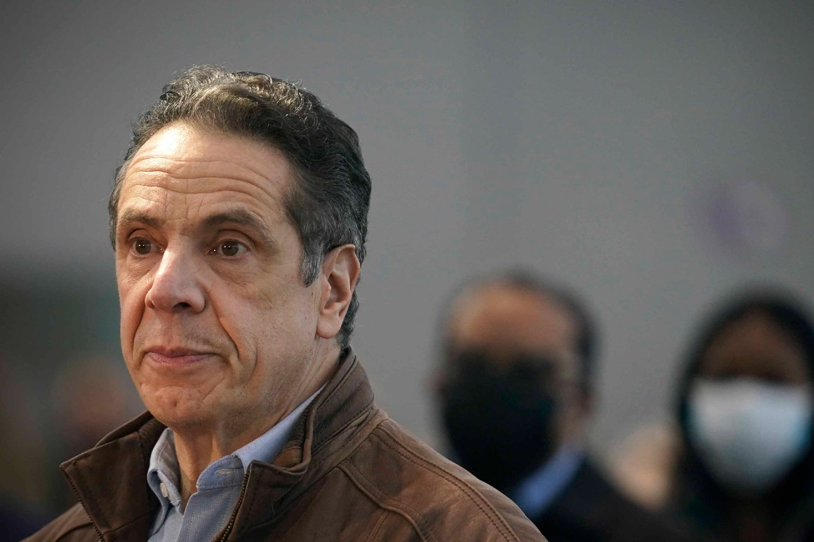 Dam breaks on Cuomo as N.Y. congressional Dems call for his resignation