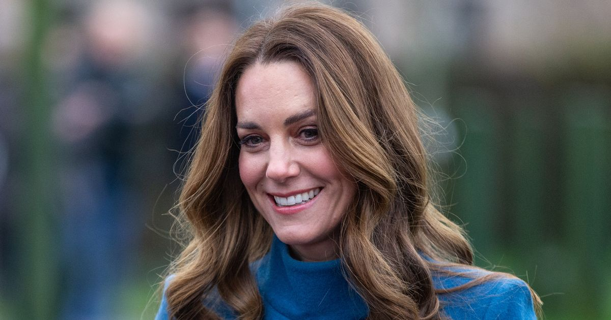 Duchess of Cambridge highlights public support for work of frontline staff