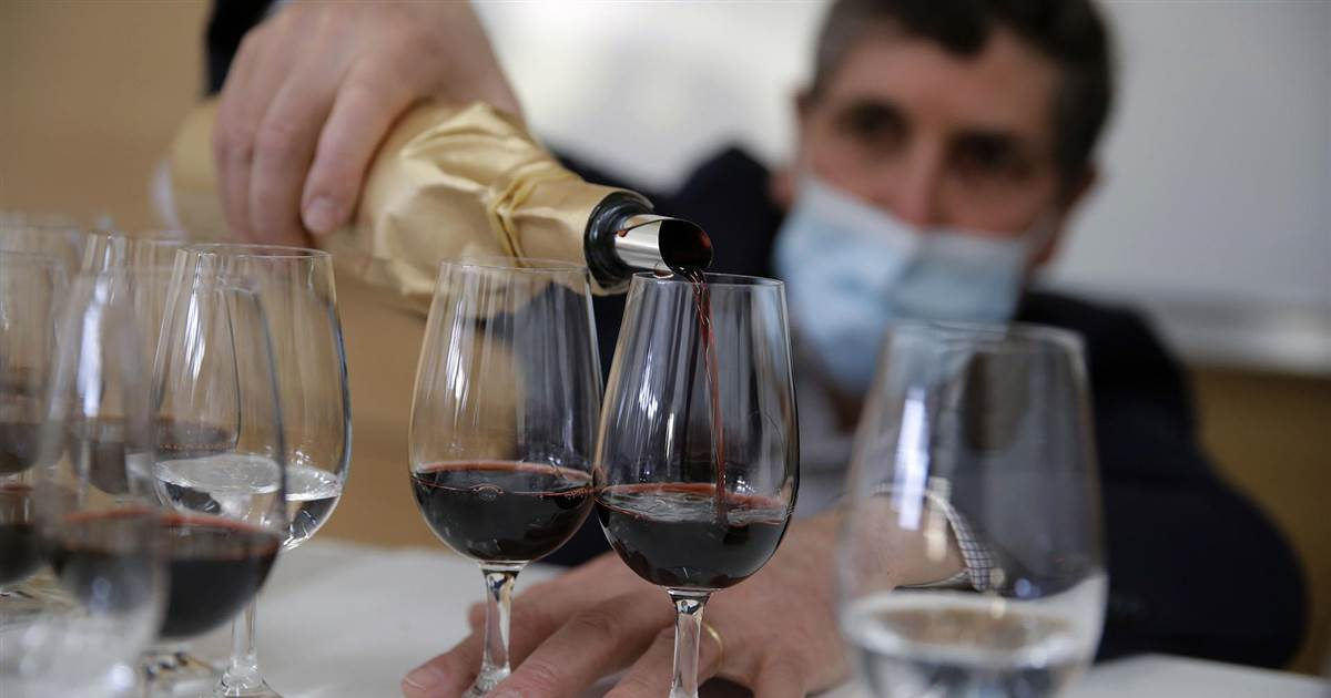 Experts declare $6,000-a-bottle wine aged better in space