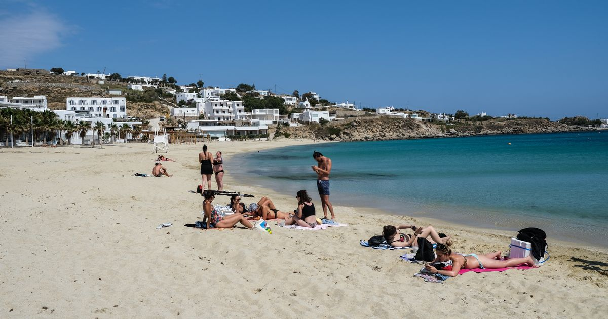 Greece announces date it will reopen to UK holidaymakers this summer