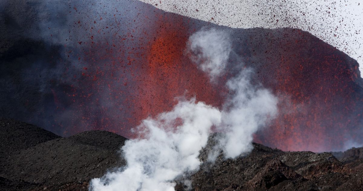 Iceland could see volcanic eruption after recording 17k tremors in past week