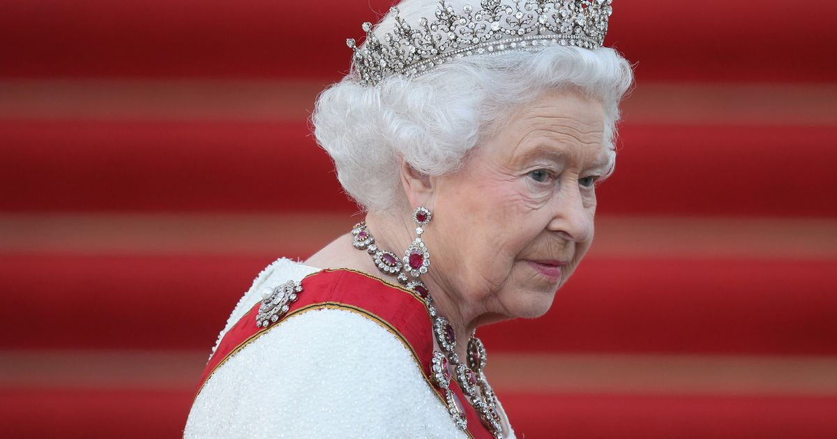 Live as the Queen makes national TV address