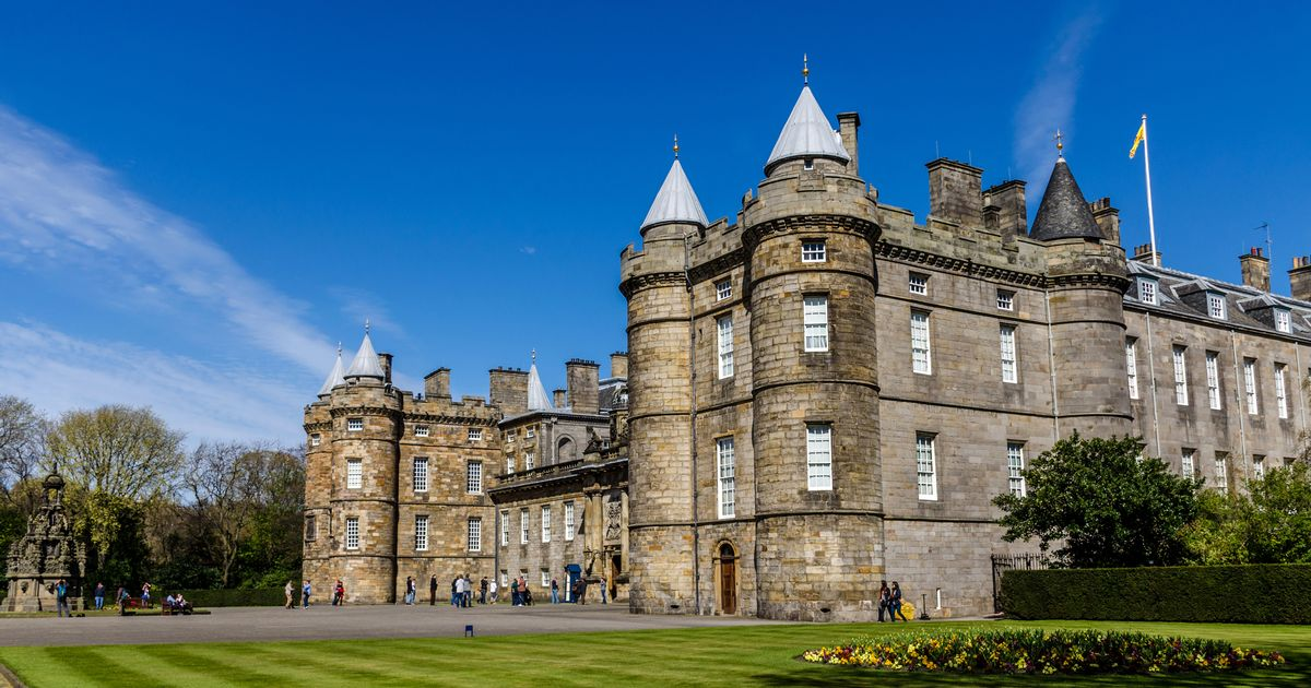 Man in court after bomb squad called to  Queen's home