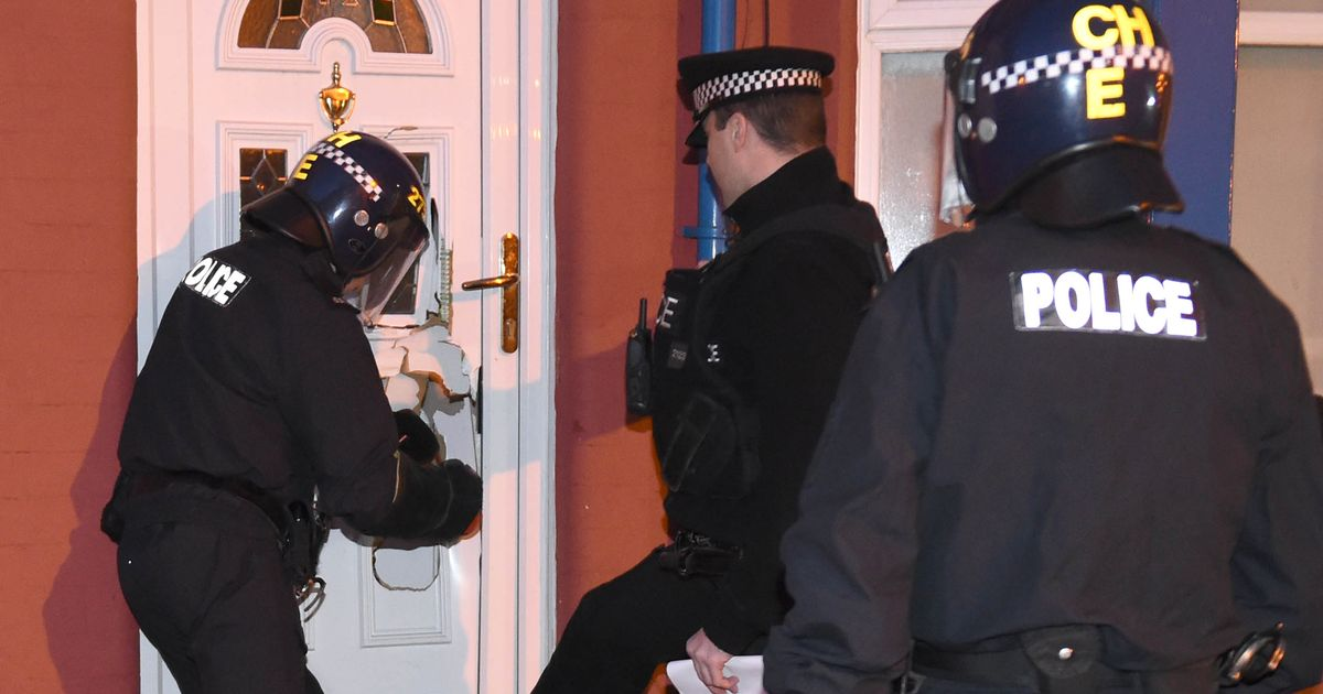 More than 300 police take part in raids across south-east England