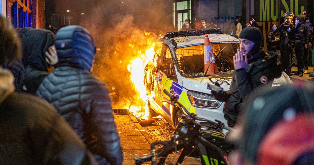 PM slams Bristol riot but defends right to protest