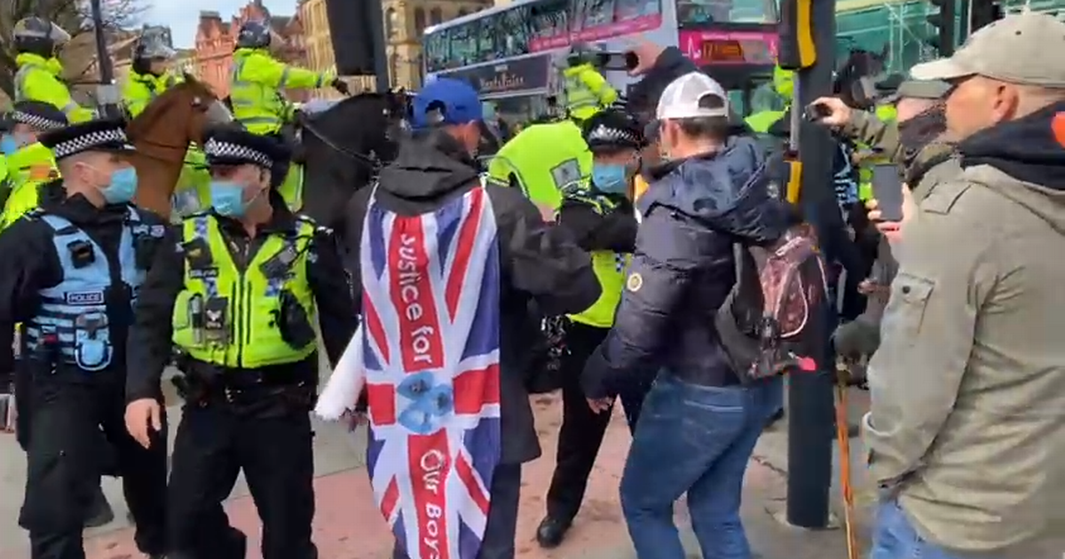 Police clash with anti-lockdown supporters at 'North Unites Rally'