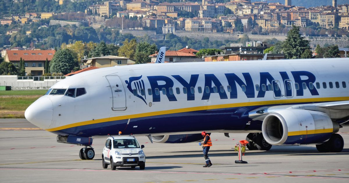 Ryanair boss issues update on face mask rules for passengers