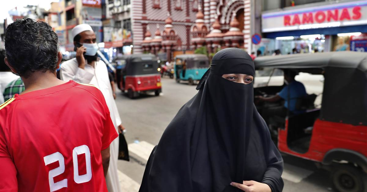 Sri Lanka to ban burqa and shut hundreds of Islamic schools, minister says
