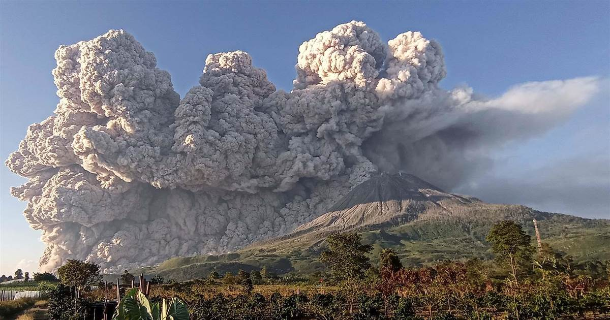 Watch: Mount Sinabung spews ash a mile high in latest eruption