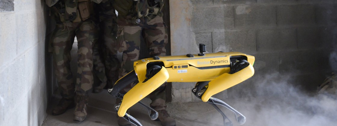 Boston Dynamics robot dog does battle test with French army