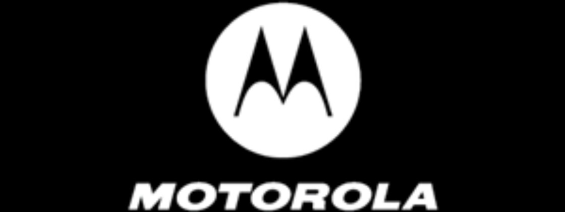 Motorola Edge + gets PC mode in update to Android 11