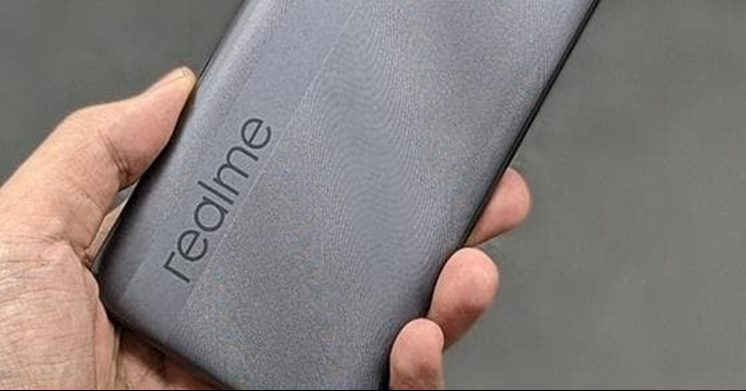 Realme Q3, the first official sign for its series
