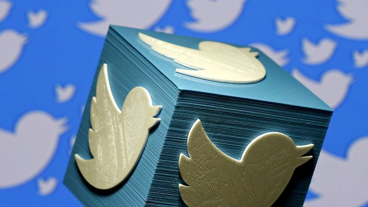 Twitter Prepares a Button to Send 'Tips' to a Contact
