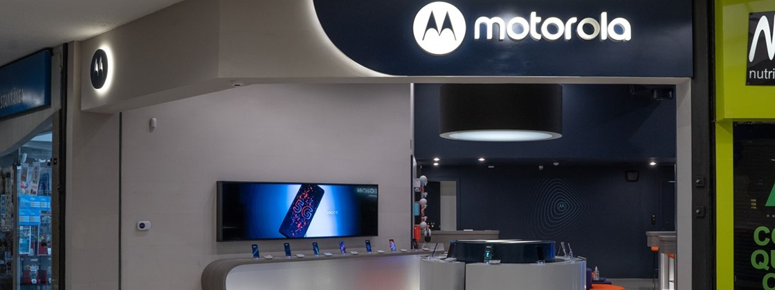 Motorola Opens in Brazil Its First Concept Stores in The World