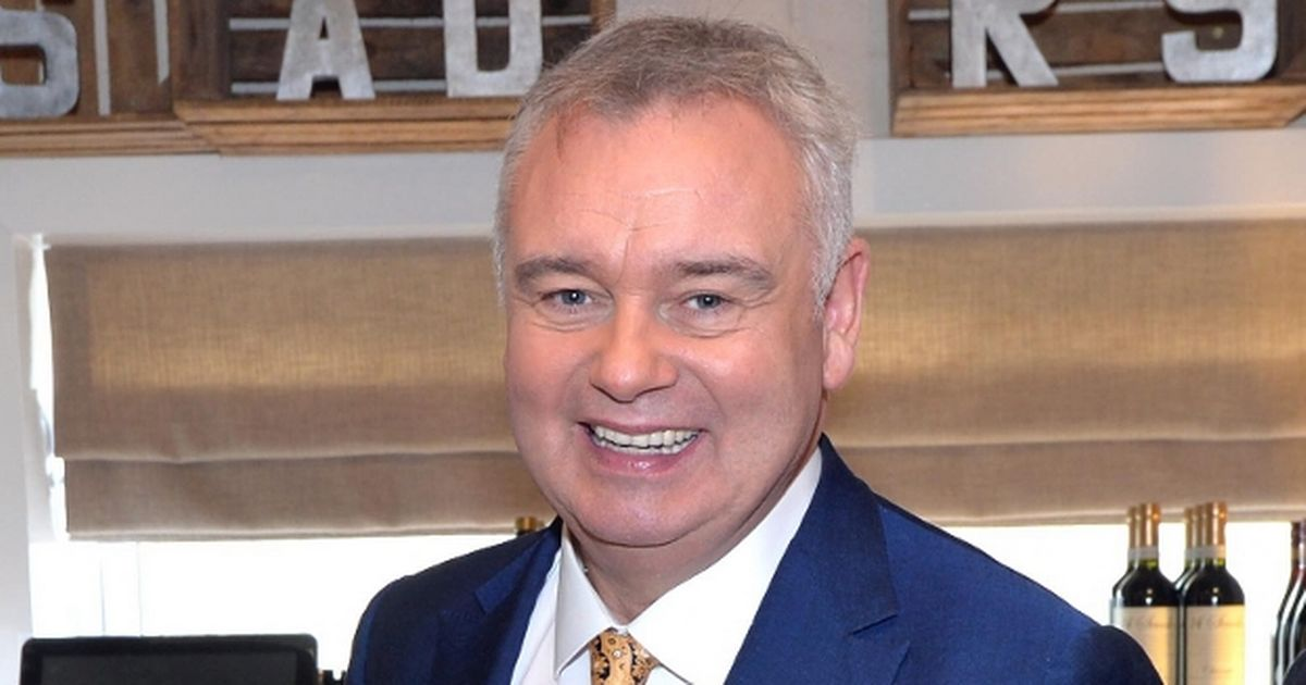 Agonising condition means Eamonn Holmes is getting 'two or three hours' sleep'