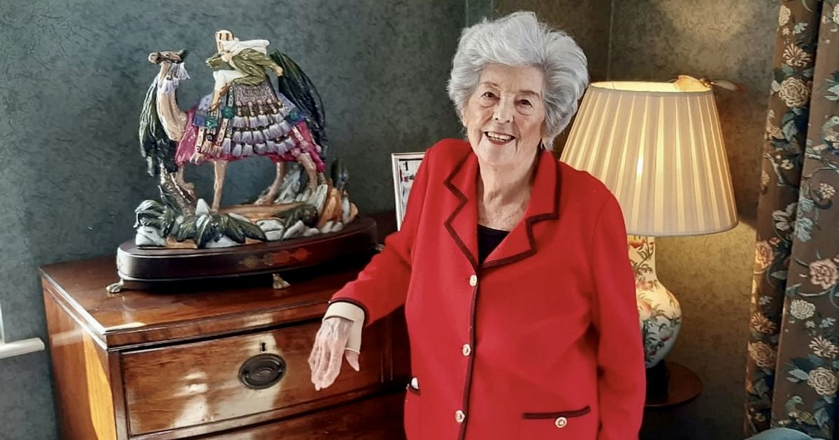 Betty Boothroyd to auction off gifts as the former Speaker downsizes