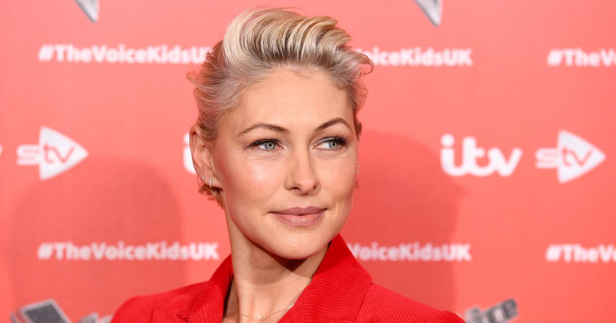 Emma Willis backs breast cancer CoppaFeel campaign with 100km charity trek