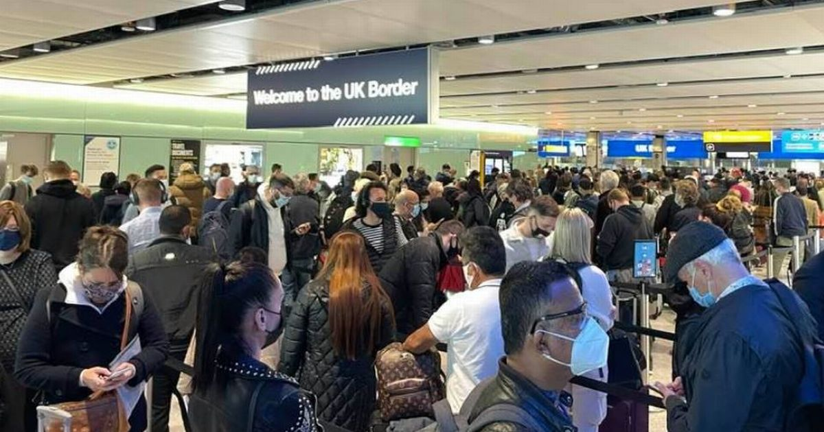Four hour queue at Heathrow was like 'swimming in Covid soup'