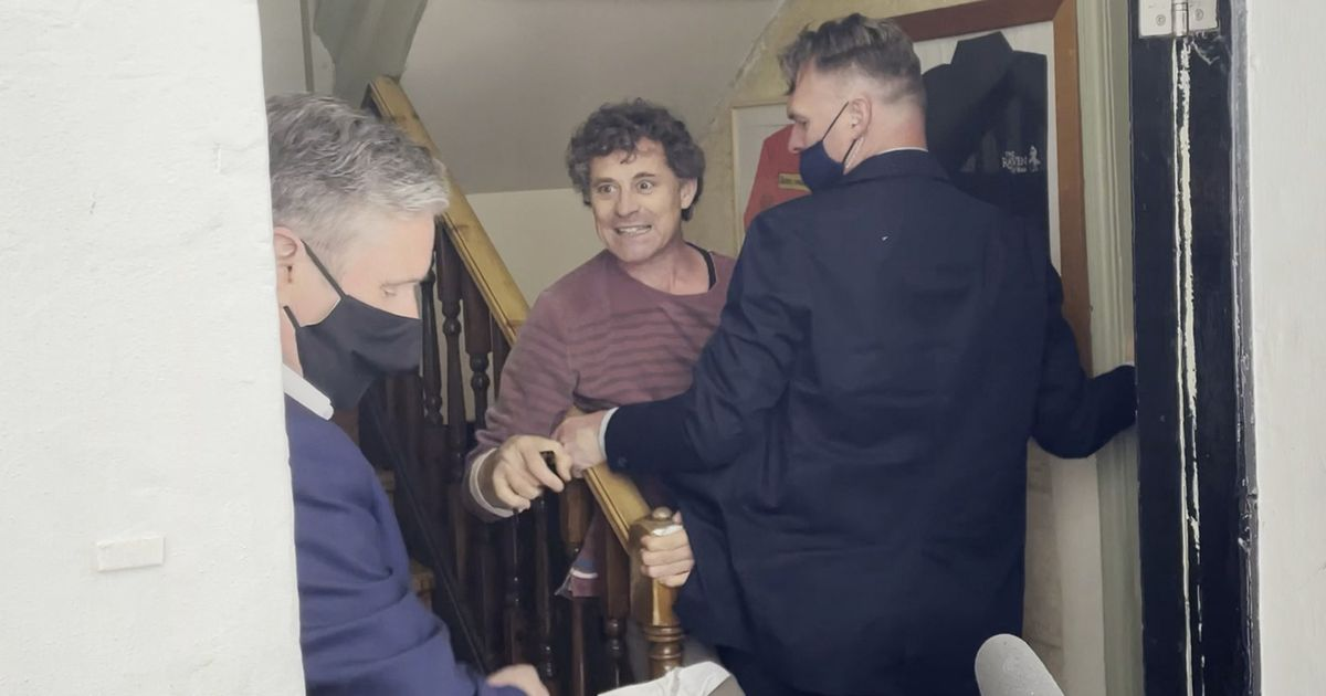Keir Starmer kicked out of pub by furious landlord