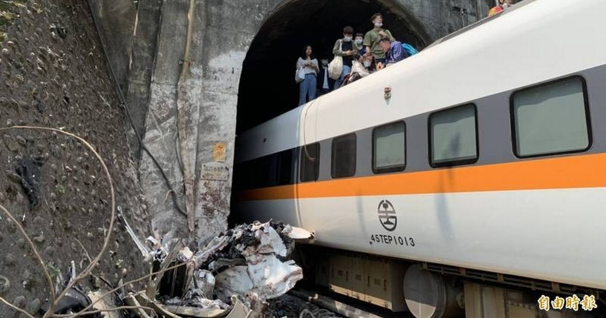 Many feared dead with 'no sign of life' after train derails in Tunnel