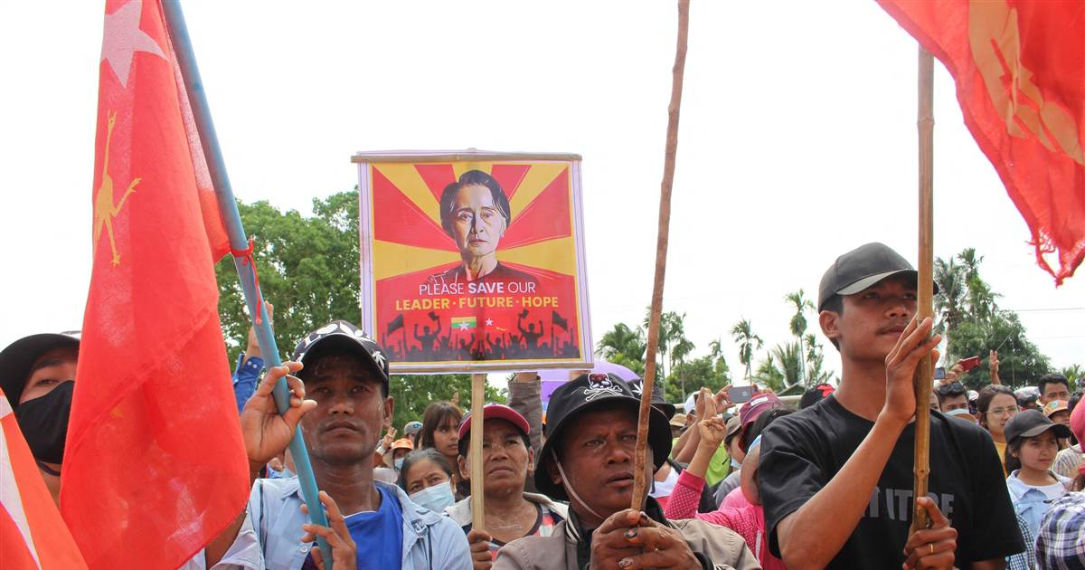 Myanmar protesters defy military and call for greater dissent