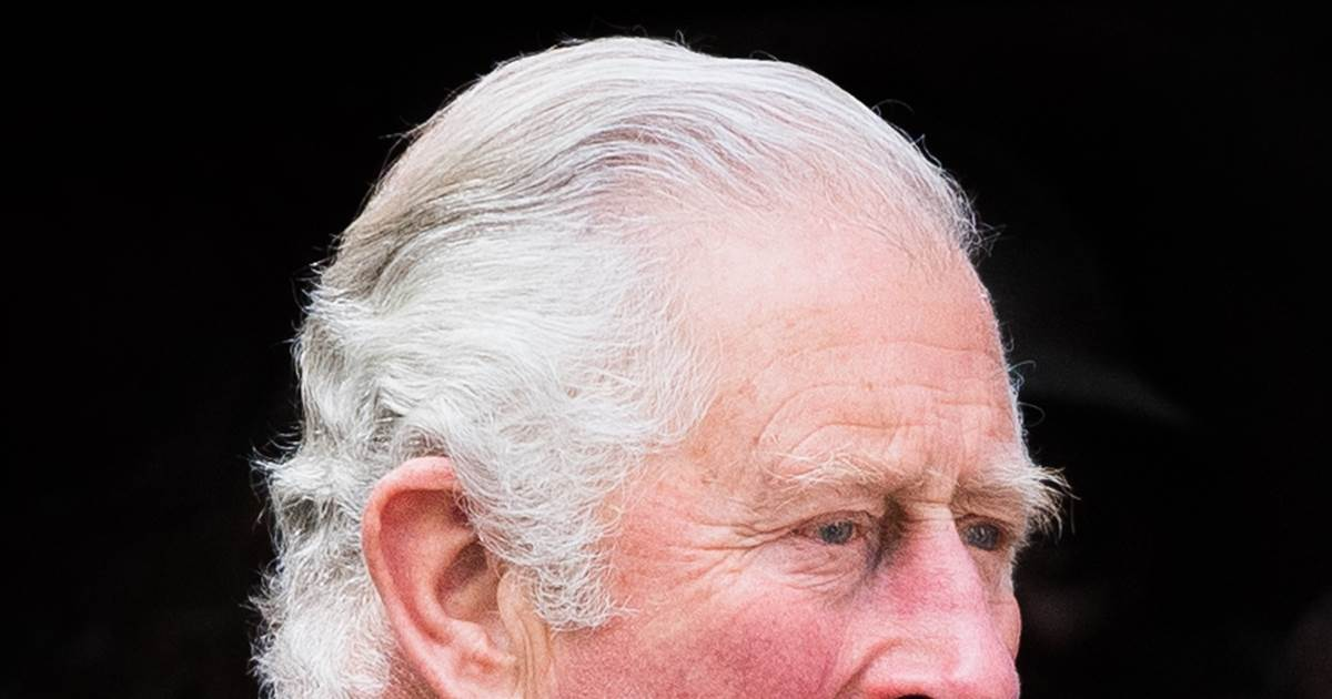 Prince Charles thanks public for condolences after death of his 'dear papa'