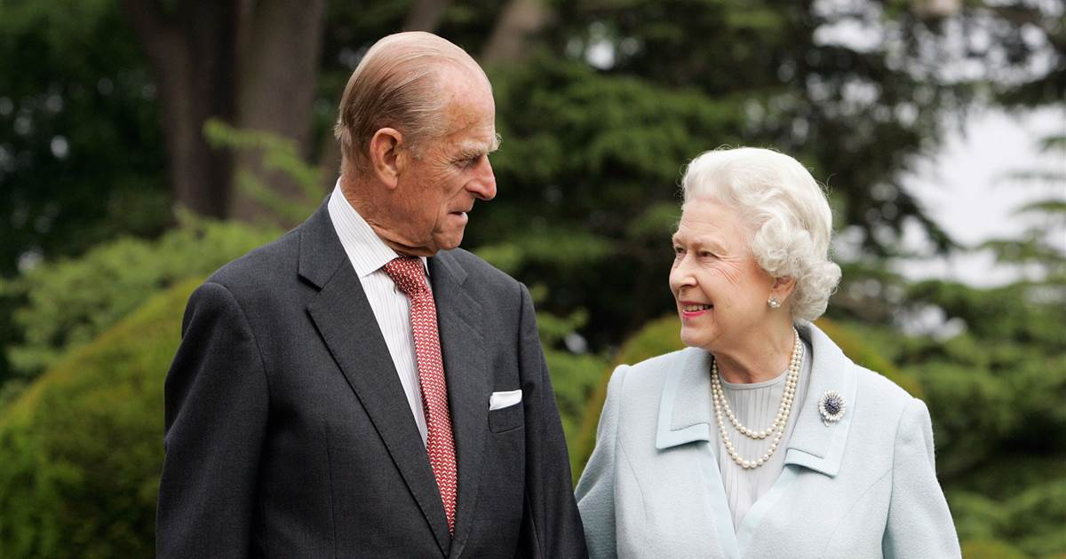 Queen starts eight days of mourning as plans for Prince Philip's funeral released