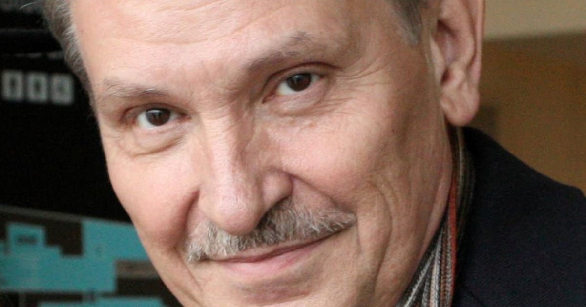 Russian dissident strangled with dog lead and suicide was staged, inquest hears