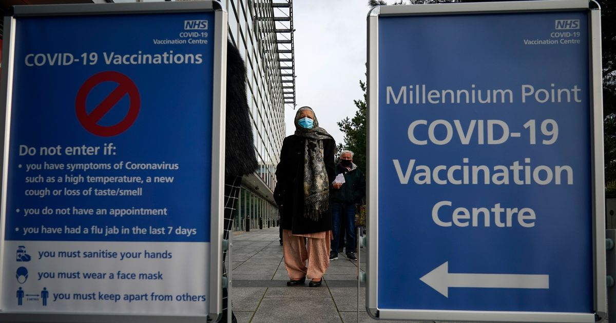 UK vaccinates all over 50s and will move onto people in their 40s this week