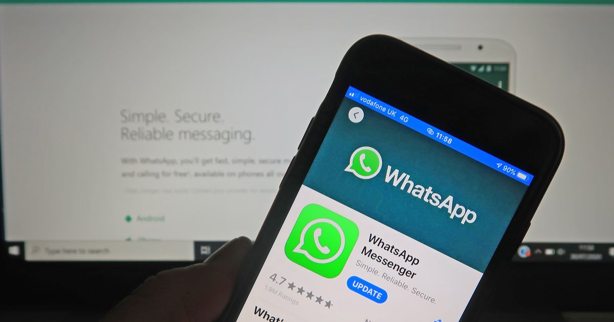 Warning to WhatsApp users as tech expert spots iPhone and Android text scam