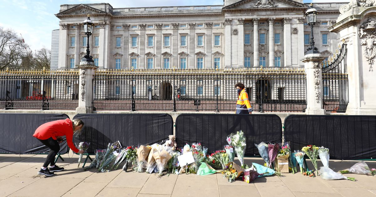 What it means to be in a period of national mourning