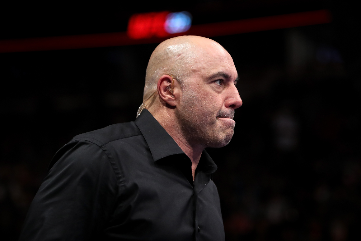 White House blasts Joe Rogan for discouraging vaccination on his podcast