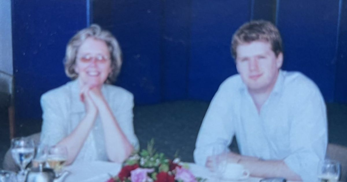 Clock still holds final wake-up call from man's late mum after 23 years