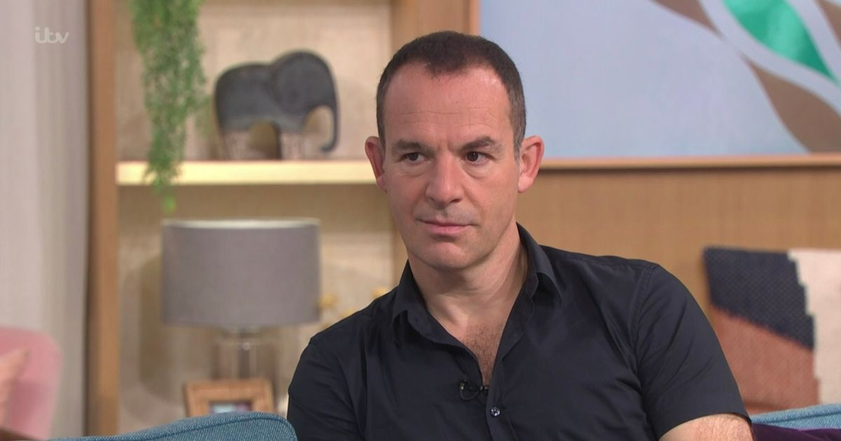 Martin Lewis reveals bizarre way to beat airport baggage fees