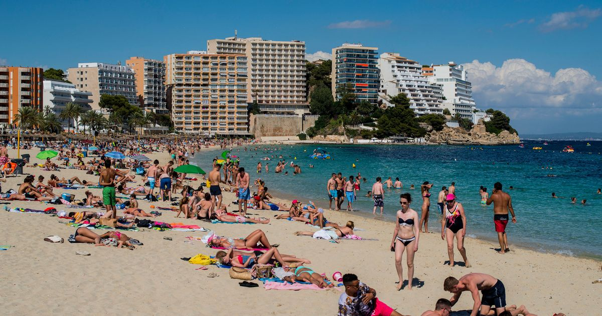 No negative test or vaccine passport needed for holidays in Spain