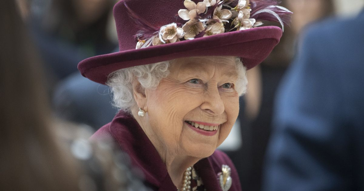 Queen preparing for new royal wedding after latest proposal