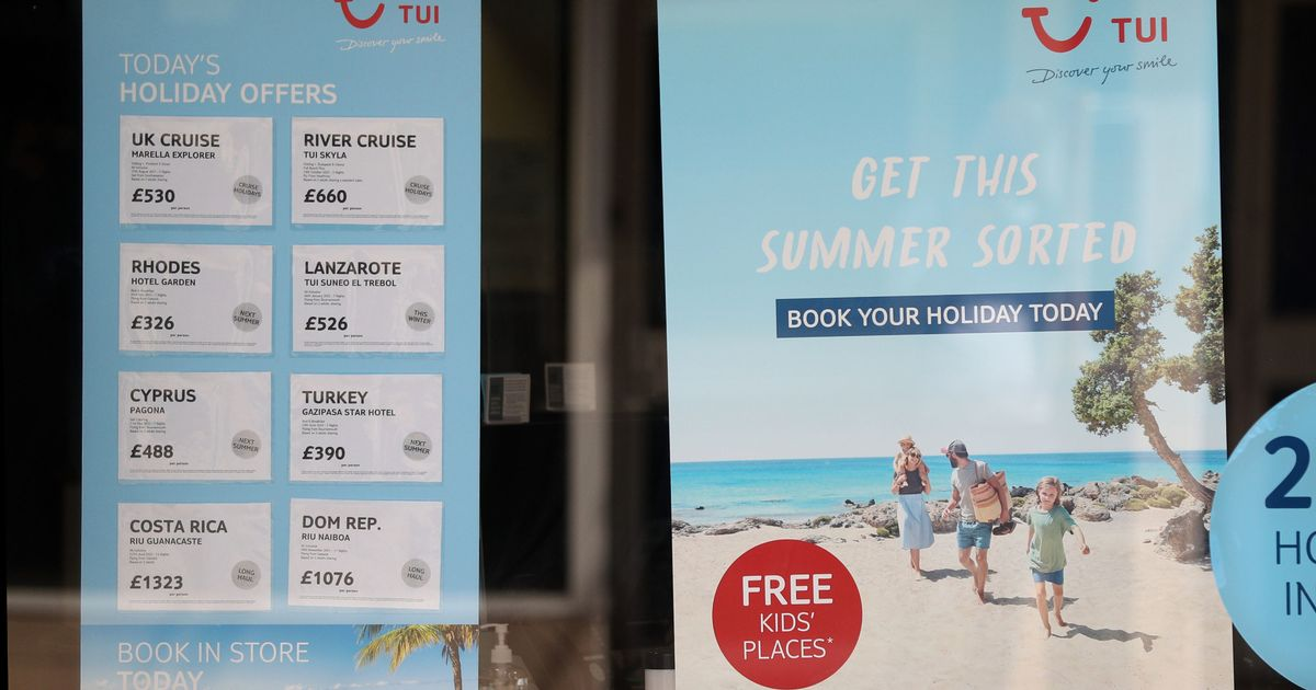 TUI summer bookings struggle as many holidaymakers delay travel plans