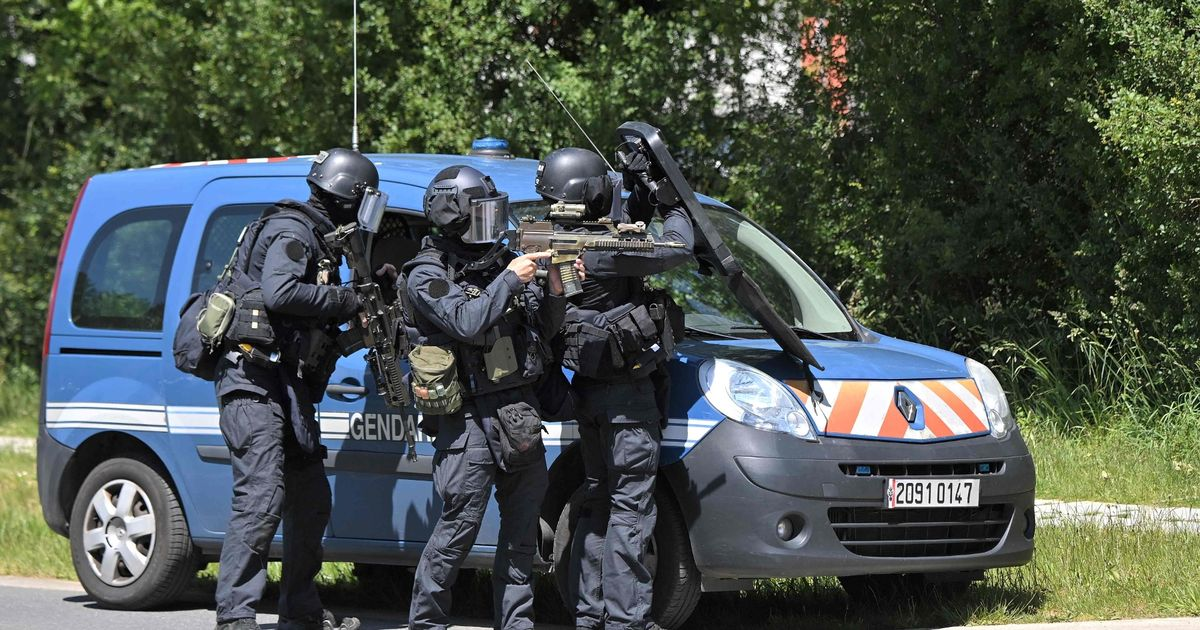 Three police officers injured by knifeman in France who is shot during arrest