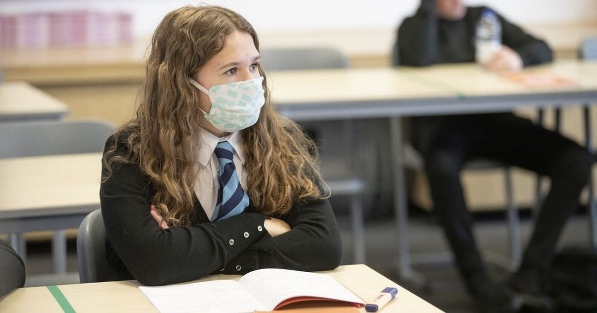 U-turn on masks in schools in areas where Indian Covid is spreading