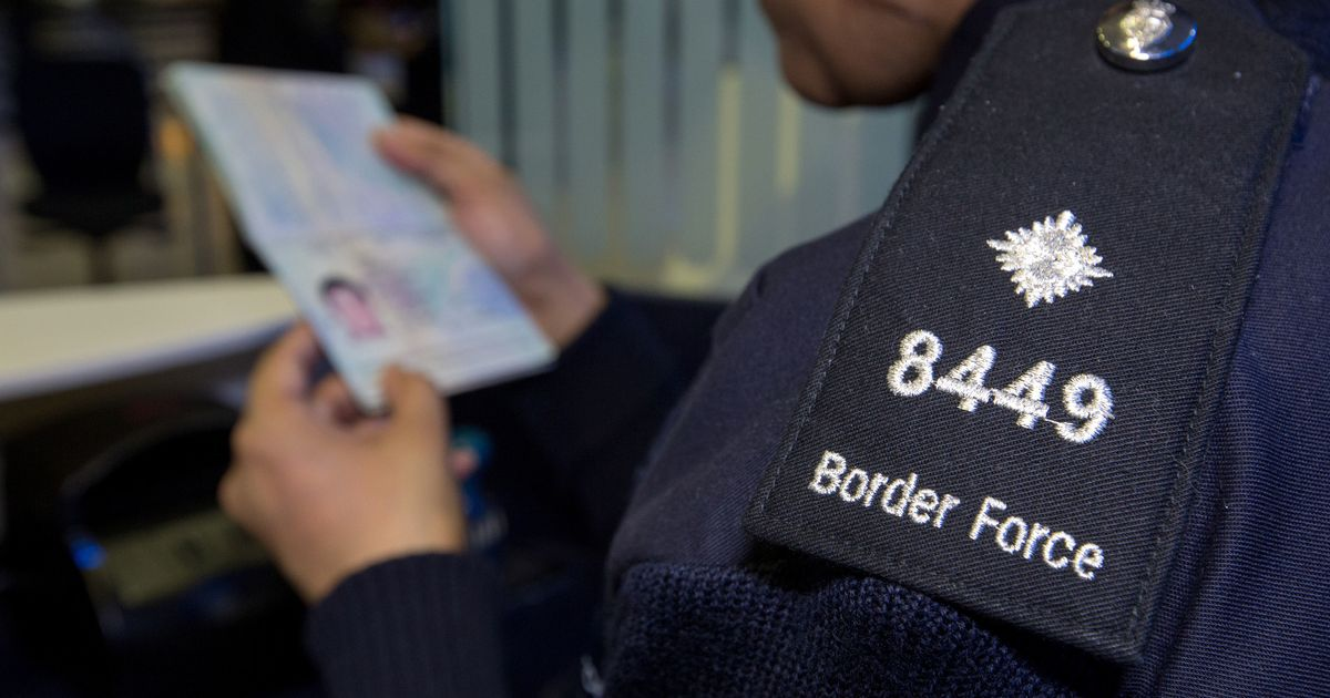 UK asylum and resettlement numbers at lowest since 2014