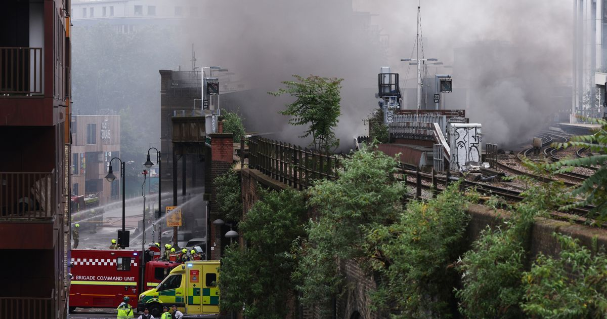 'Explosion' and plumes of smoke after huge fire breaks out in London